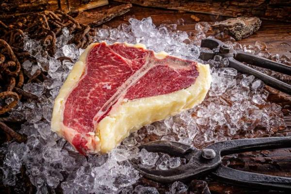 Hammer Beef, T-Bone, Fat Aged